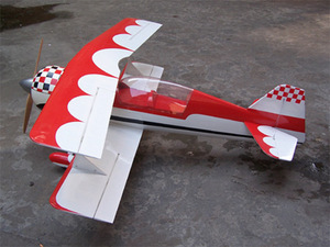 Dong Hang Model Company - Big Pitts S12 и Christen Eagle